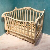 Детская кроватка REGAT на маятнике — Ivory