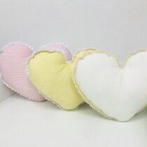 Подушки большие для новорожденных  декоративные Сердечки Rory (разные цвета)