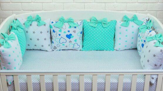 Бортики-подушки Сердечки мятно-голубые